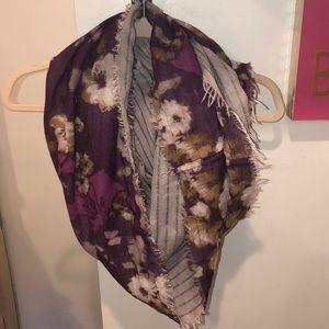 simply vera wang infinity scarf!